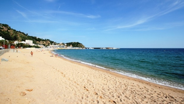 plage-de-blanes-costa-brava-1