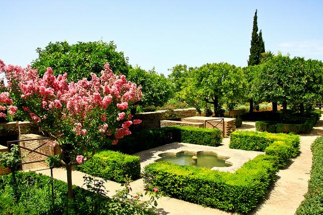 L Alhambra Les Rouges Palais Nasrides Le Blog Vacances