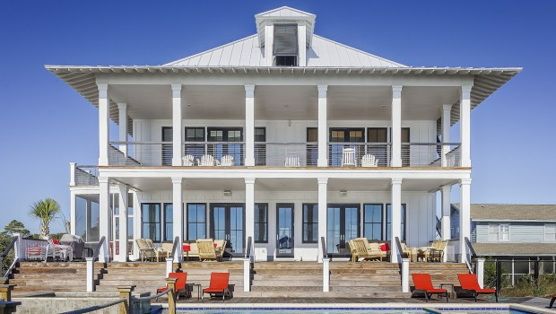Grande maison de vacances avec terrasse et piscine