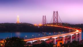 Pont sur le Tage à Lisbonne