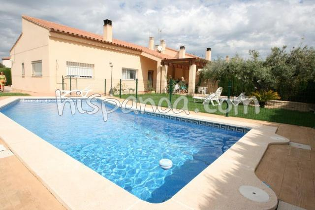 location villa piscine costa dorada, vacances espagne